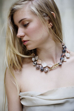 Jewellery by The Vamoose | Photography by Eefje de Coninck